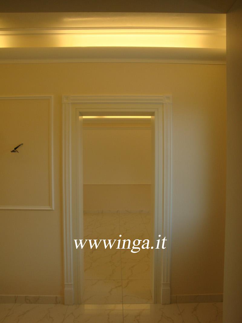 Cornici coprineon cornici luce diffusa produzione stucchi decorazioni in gesso inga for Decorazioni in gesso