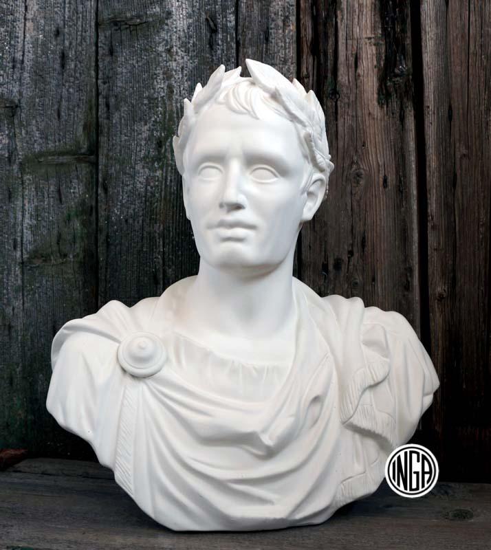 Busto di Giulio Cesare con Alloro