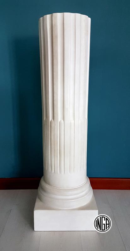 Tronco di colonna in gesso