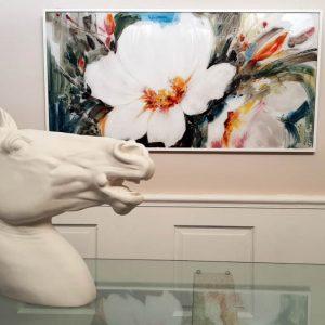 Showroom inga gessi quadro con cavallo